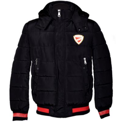 Fekete téli kabát, piros csíkkal