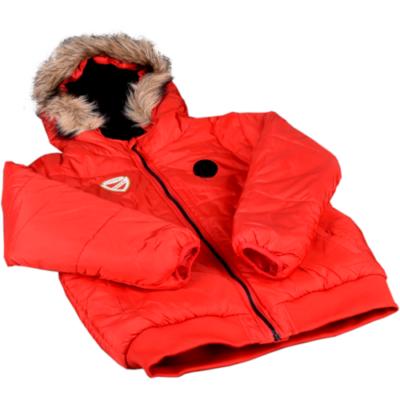 DVTK címeres piros kabát, szőrmés kapucnival