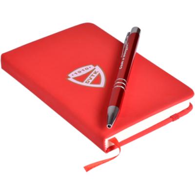 Jegyzetfüzet tollal, díszdobozban